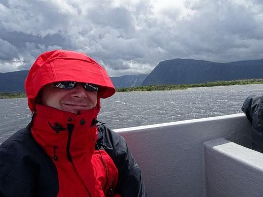 Gros Morne National Park in Neufundland: Für die Bootstour im Western Brook Pond habe ich mich hier mal in winddichte Schale geworfen. Wie sich schnell zeigen sollte, war das die richtige Entscheidung.