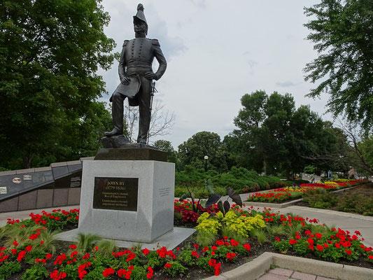 Urlaub in Ottawa: Denkmal für Colonel By im Major's Hill Park.