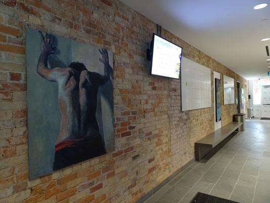 Kunst im Flur auf dem Lakeshore Campus des Humber College.