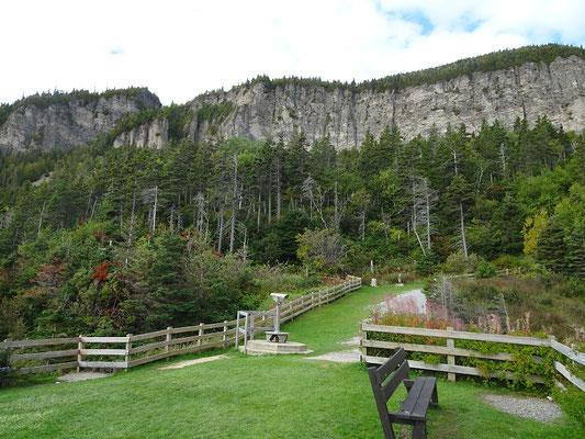 Urlaub in Quebec: Aussichtspunkt am Cap-Bon-Ami auf der Ostseite des Forillon Nationalparks.