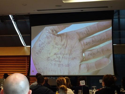 Auf Tagung in der Toronto Reference Library.
