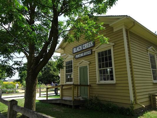 Black Creek Pioneer Village in Toronto: Blick auf das Black Creek Printing Office, eine kleine Druckerei aus dem Jahre 1850.
