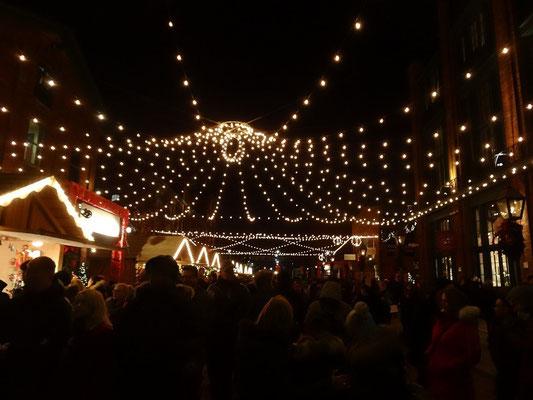 Abschied vom Weihnachtsmarkt im Distillery District.