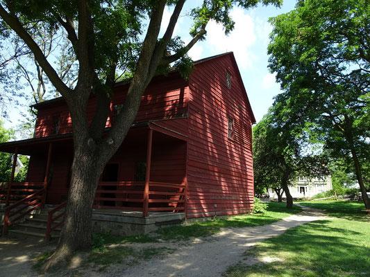 Black Creek Pioneer Village: Blick auf das Wohnhaus der Bauernfamilie Stong aus dem Jahre 1832.