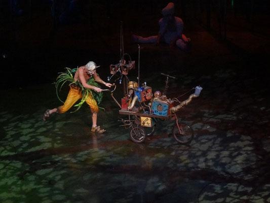 Varekai in Toronto: Ein Clown des Cirque du Soleil in Aktion.
