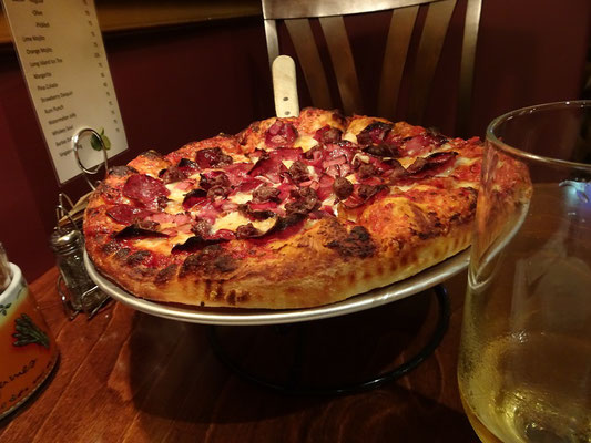 Urlaub in New Brunswick: Abendessen im italienischen Restaurant von Grand Falls.