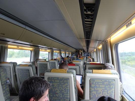 Mit dem Zug nach Ottawa: Die Fahrt mit Via Rail dauert von Toronto aus knapp fünf Stunden.