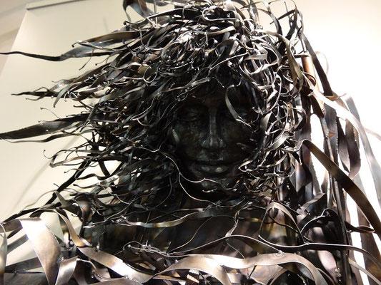 Tolle Skulptur in der Kunstgalerie des Algonquin Provincial Park.