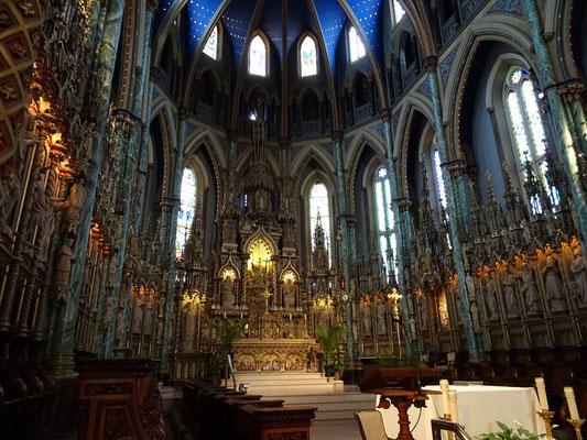 Urlaub in Ottawa: Blick auf den Altarbereich der Notre Dame Basilica.