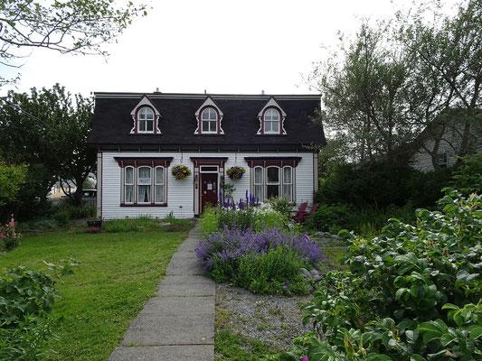 Urlaub in Neufundland: Blick auf ein Bed & Breakfast in Placentia.