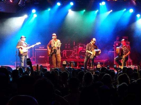 Urlaub in Neufundland: Auftritt einer Newcomer-Band beim George Street Festival in St. John's.