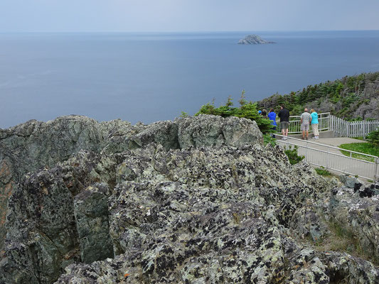 Urlaub in Neufundland: Blick auf den Aussichtspunkt beim Long Point Leuchtturm nahe Twillingate.