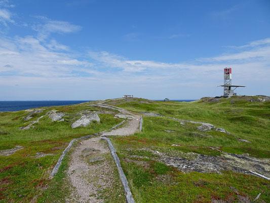Wandern entlang der Küste nahe Tilting auf Fogo Island.