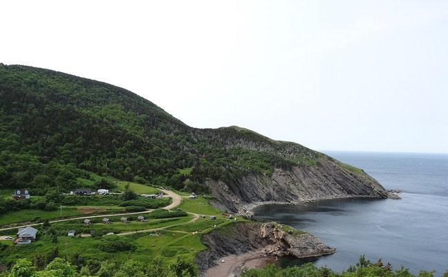 Meat Cove auf Cape Breton Island: Ein halbes Dutzend Häuser in die Landschaft getupft, und fertig ist die Idylle.