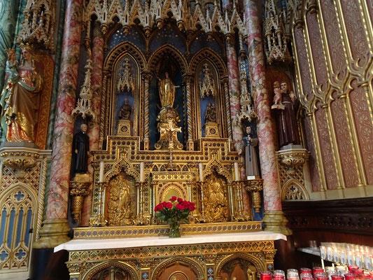 Urlaub in Ottawa: Besuch in der Notre Dame Kathedrale.