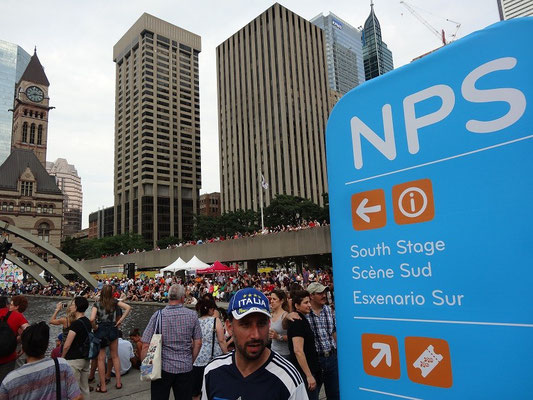 Pan Am Games in Toronto: Party-Zone vor dem Rathaus.