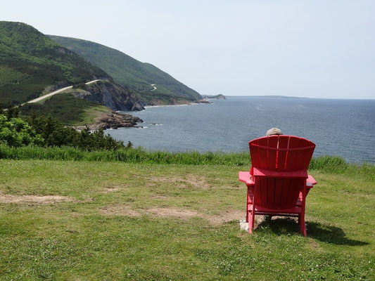 Cape Breton Highlands National Park: Rastplatz mit Aussicht am Cabot Trail.