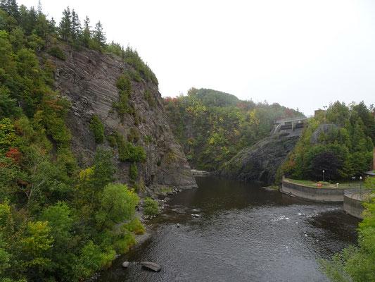 Urlaub in Quebec: Vom grossen Wasserfall war bei meinem Besuch in Riviére-du-Loup leider nicht viel zu sehen.