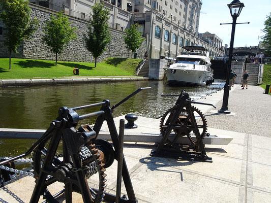 Urlaub in Ottawa: Die Schleusen am Rideau-Kanal.