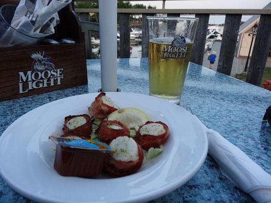 Bacon wrapped scallops: Ein Leckerbissen nicht nur in Charlottetown, Prince Edward Island.