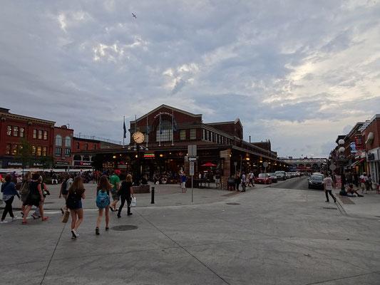 Urlaub in Ottawa: Blick auf die kleine Markthalle im ByWard Market.