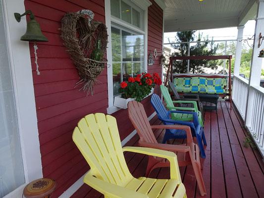 Urlaub in Neufundland: Blick auf die Terrasse des B&B in Glovertown.