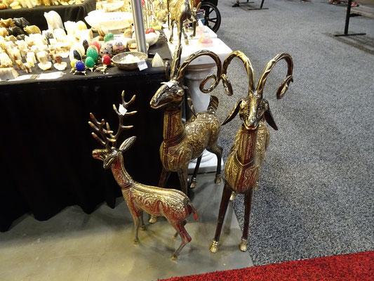 Verkaufsstände auf der Canadian National Exhibition in Toronto: Metallfiguren für den Garten.