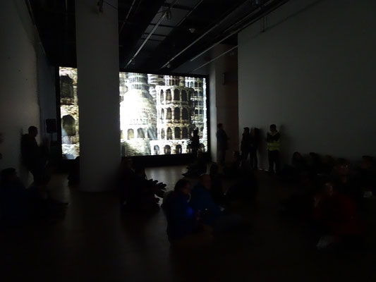 """Nuit Blanche 2016 in Toronto: Video-Installation """"The body behind the body."""""""