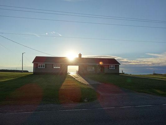 Abendstimmung in Nova Scotia: Kleines Haus in Cheticamp.