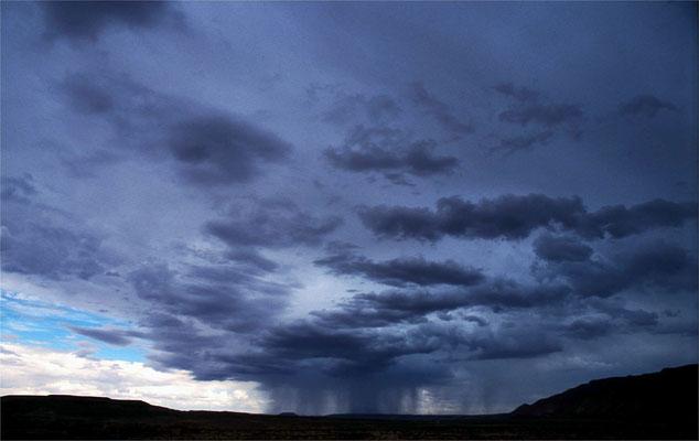 2003: Abendlicher Wolkenbruch bei Santa Fe (USA)