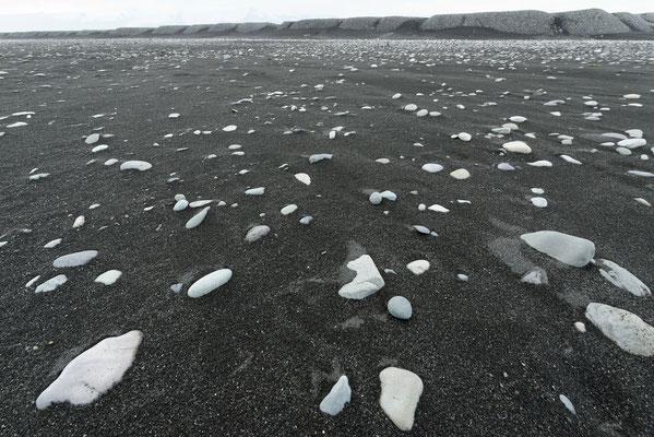 2015: Schwarzer Strand auf  Island