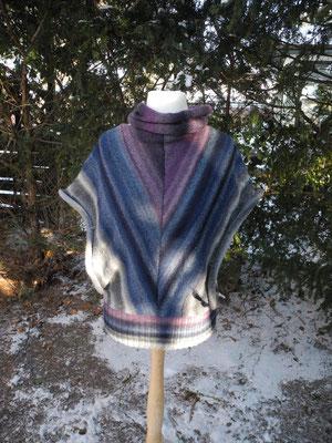 DreiecksTunika, 3-farbige Wolle mit Farbverlauf, mit extra Halsteil