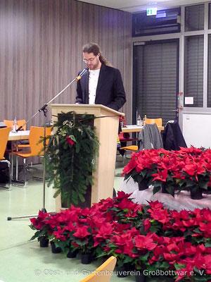 Der 2. Vorsitzende Oliver Hartstang begrüßt die Gäste.