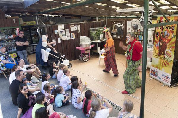 I Burloni Clowns e il loro spettacolo