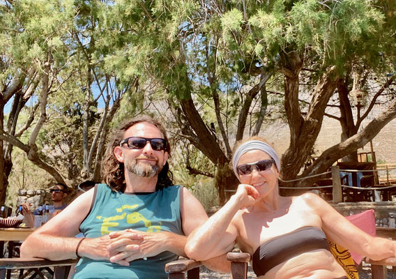 Denise Sigg und Daniel Fritschi in der Pirate Beach auf Kalymnos