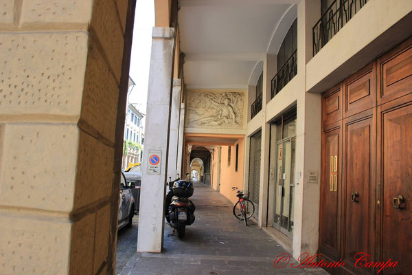 portico via Euganea da p.zzaleS.Giovanni