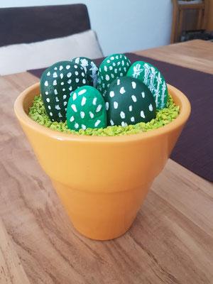 Kaktus aus Steinen basteln