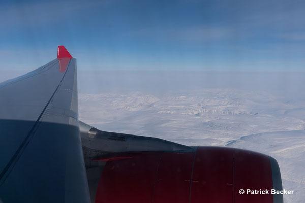 Über dem Arktischen Meer