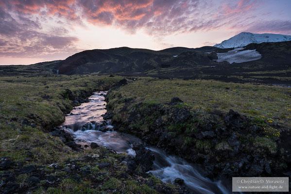 Fluss am Tolbatschik Vulkan