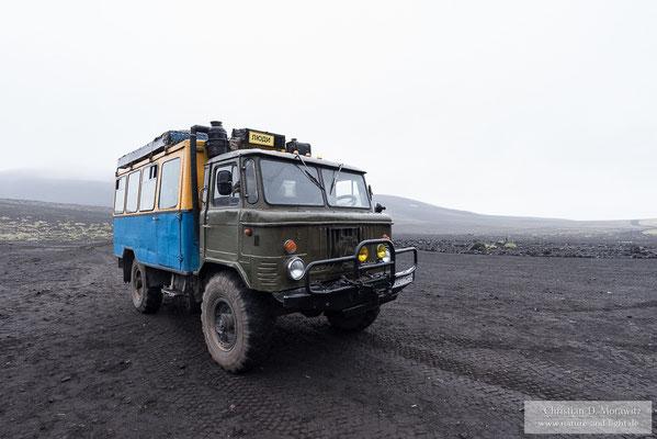 """Unser """"Taxi"""" in die Berge war ein GAZ-66 LKW der ehemaliger Soviet-Armee"""