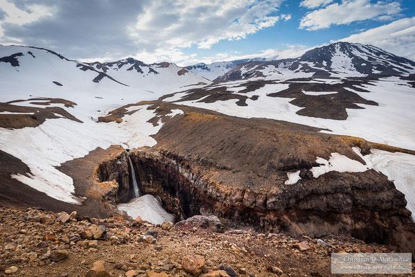Wasserfall am Mutnovsky Vulkan