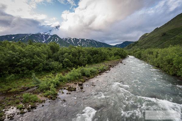 Der Paratunka-Fluss