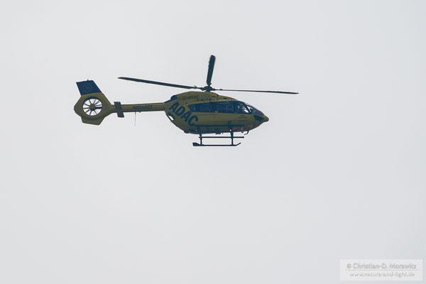 Hubschrauber im Flug mit 800 mm (400 mm + 2x Konverter), 1/1600 Sek. mit elektronischem Verschluss