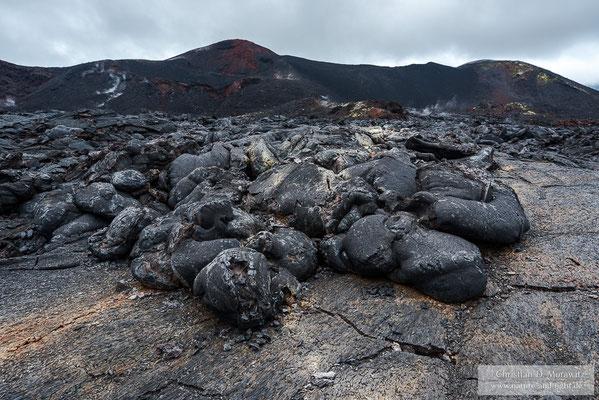 Das Ende eines Lavastromes vom Ausbruch 2012/2013 am Tolbatschik