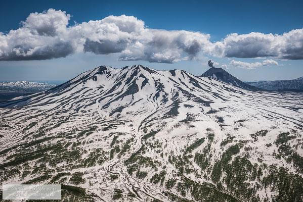 Eruption des Karymski Vulkans