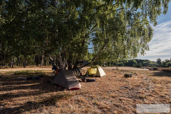 In der Natur finden sich viele sehr schöne Plätze für ein Nachtlager