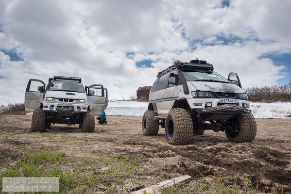 Unterwegs im Süden Kamtschatkas mit schneetauglichen Allradfahrzeugen