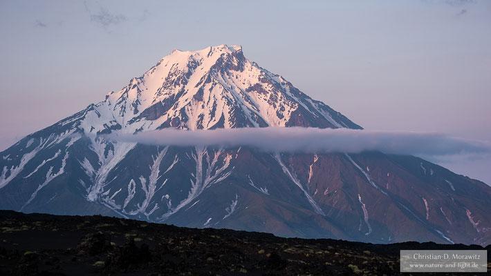 Die Bolschaja Udina (2920 m) ist der Nachbarvulkan vom Tolbatschik und gilt seit letztem Jahr als möglicherweise wieder aktiv