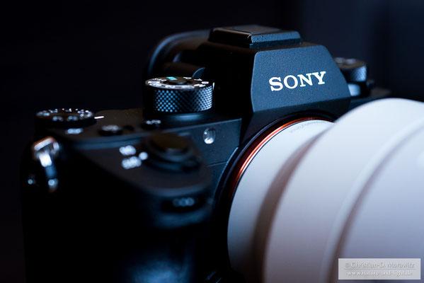 Sony Alpha 9, Vorderseite