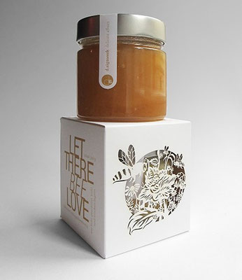 Honig kann man wunderschön verpacken! Die Illustration wurder im Lasercut Verfahren aus dem Karton geschnitten, Konzept d.signwerk.